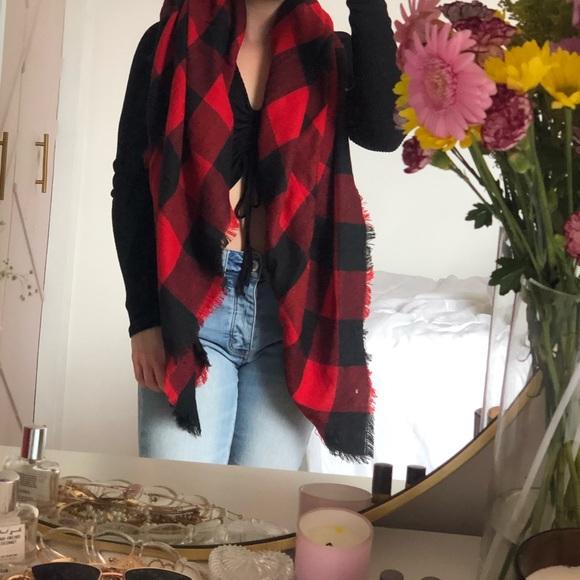 Plaid garage scarf
